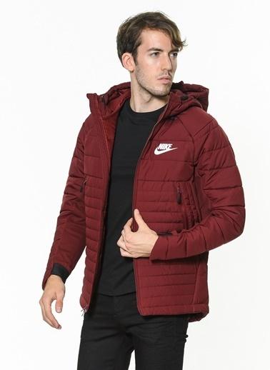 Nike Kapüşonlu Şişme Mont Kırmızı